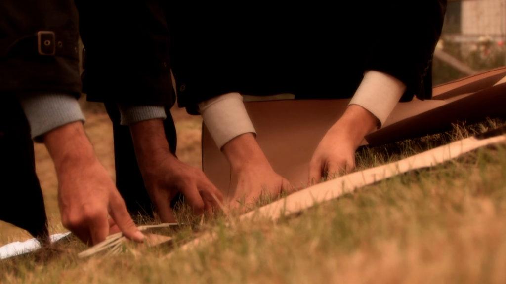Still dal video Gardening Drama di Andrea De Taddeo, 2011